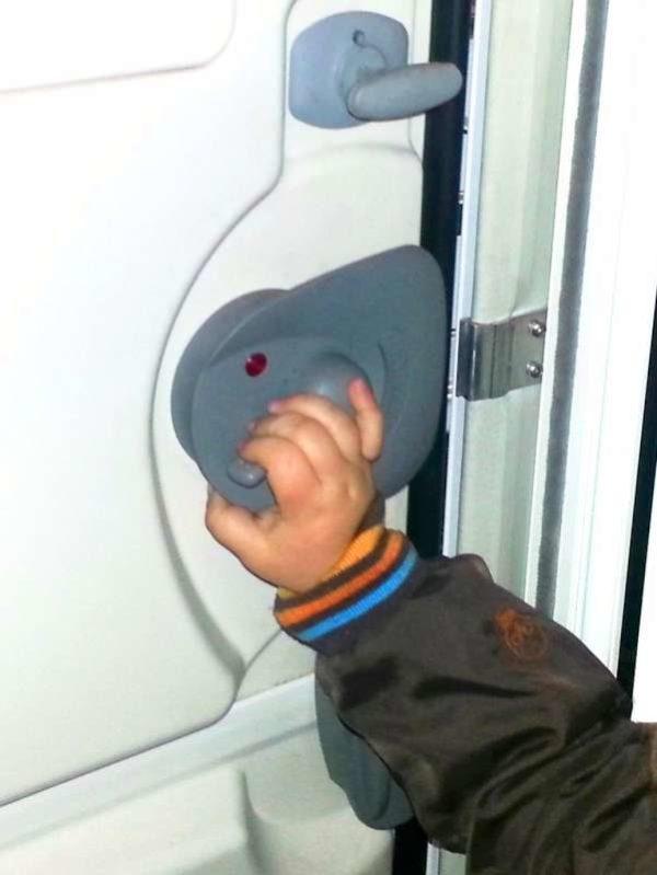 Samlock with Child Hand Caravan 3440100