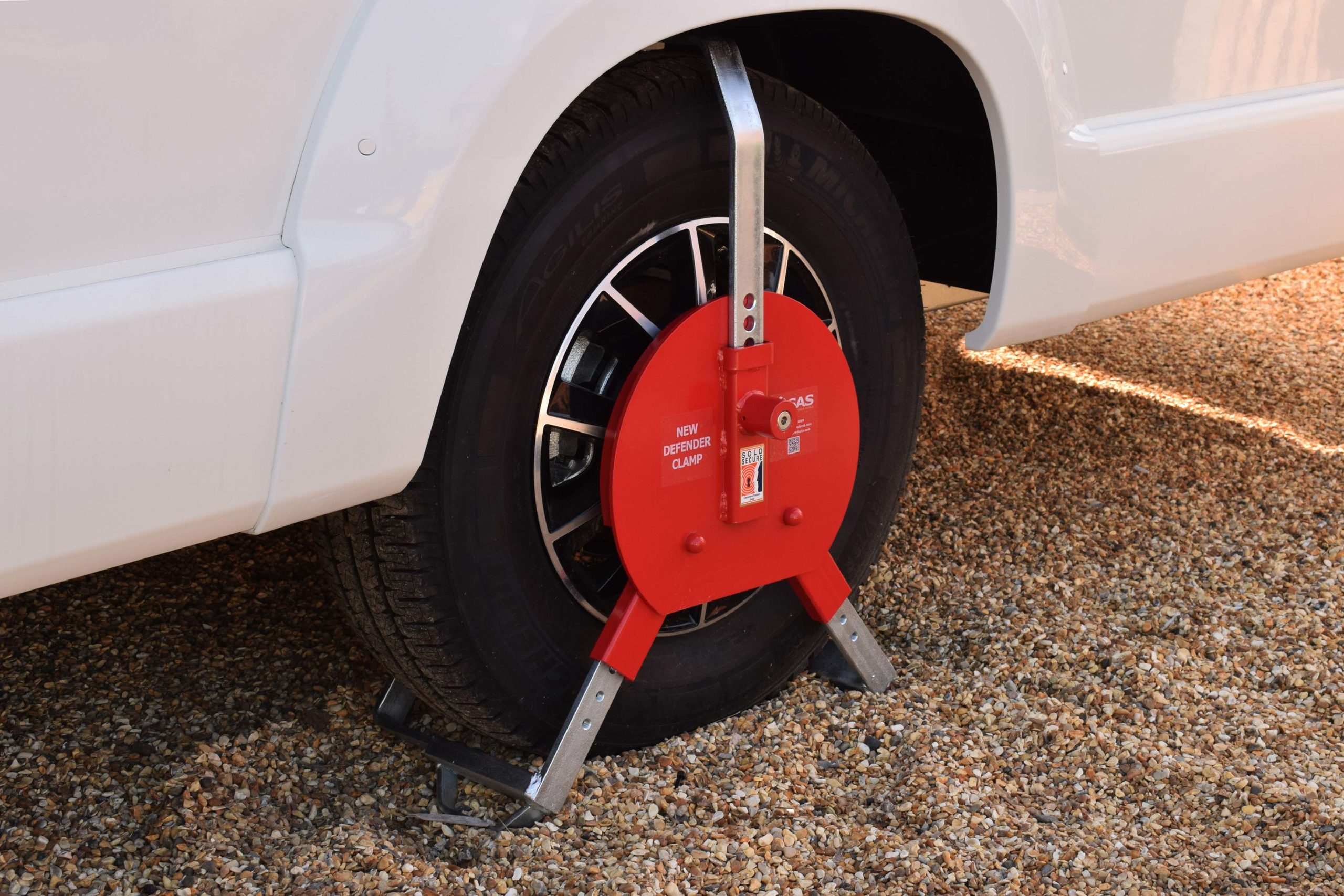 New Defender Wheel Clamp Range