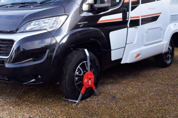 New Defender Wheelclamp on Motorhome Wheel