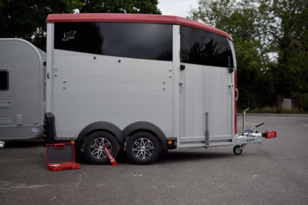 Security for Horsebox Htch and Alloy Wheel